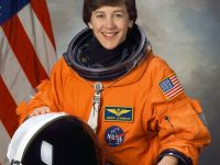 thumb wendy lawrence nasa