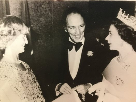 Mary Dohey 06 queen pierre trudeau 525x394
